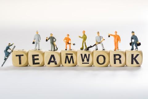 Hoe houd je ook op afstand een team-gevoel vast?
